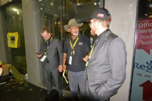 D'herrer FatPony-boys med Sidik Khan, som var ansvarlig for prologen med de indledende specialprøver.