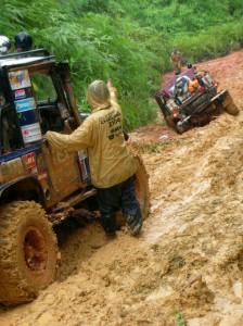 Et endeløst spor af tykt, klæbrigt mudder, endeløs regn, jordskred og sparsomt udbud af sollide ankerpunkter til recovery - det er Rainforest Challenge, når det er værst.